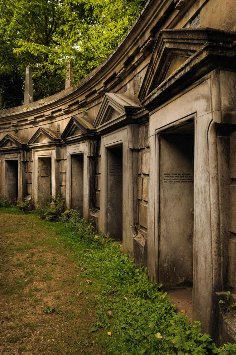 Highgate Cemetery (London, England)